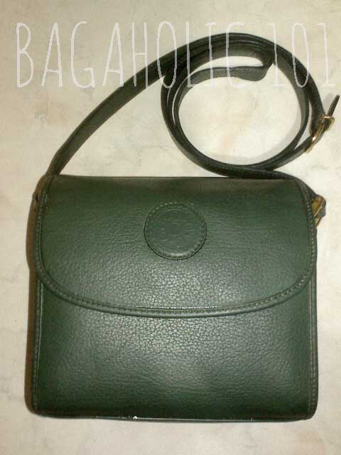 An all-leather vintage Gucci box bag - Vintage Gucci Bag Authentication - Gucci Serial Number Check - How to Tell if a Gucci Bag is Real
