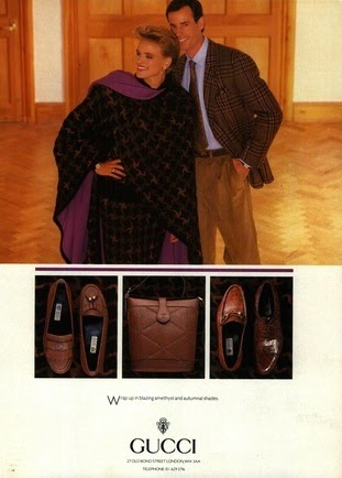 1987 Gucci print advertisement showing an assortment of loagers and a leather bag with geometric marking - Vintage Gucci advertising campaigns archive